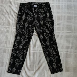 Old Navy Black and White Pixie Pants